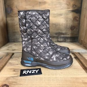 NEW The North Face Warm Waterproof Boots